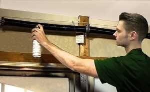 garage door repair,garage door maintenance,annual garage door maintenance check up